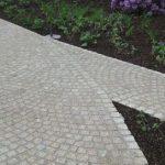 Pavimento-esterno in-granito-grigio-chiaro-Grey Fine-Grain
