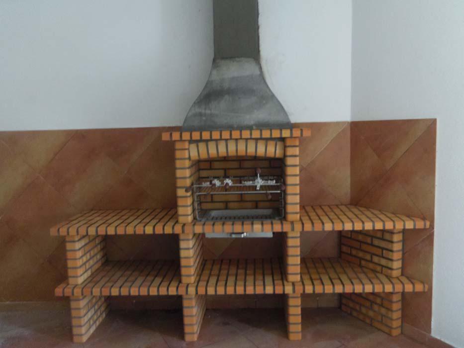 barbecue-in-muratura-con-piano-lavoro-art.AC 82