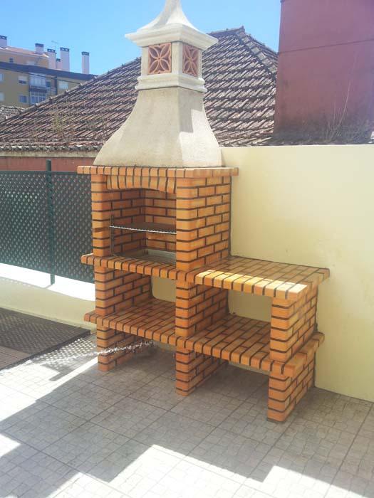 barbecue-in-muratura-con-piano-lavoro-art.AC 86