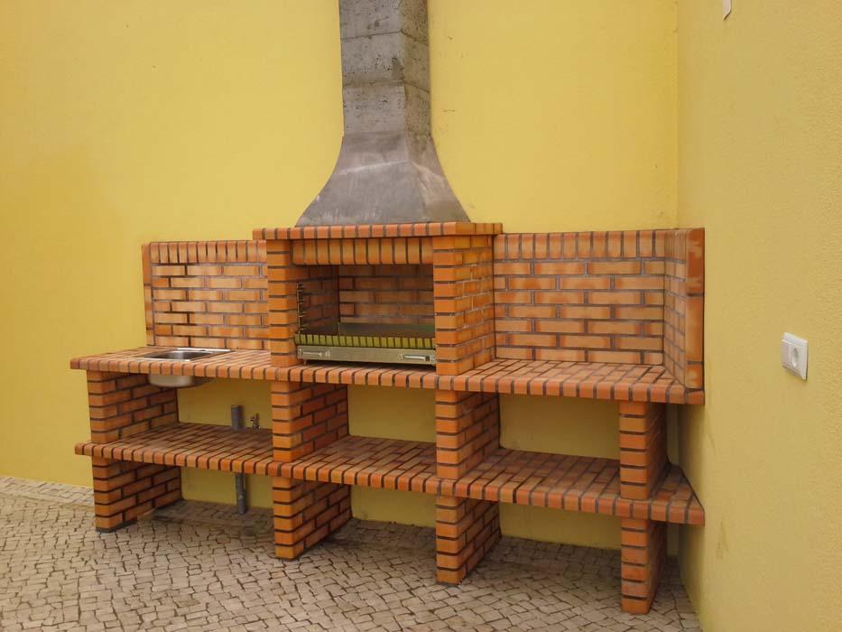 barbecue-in-muratura-con-piano-lavoro-art.AC 87